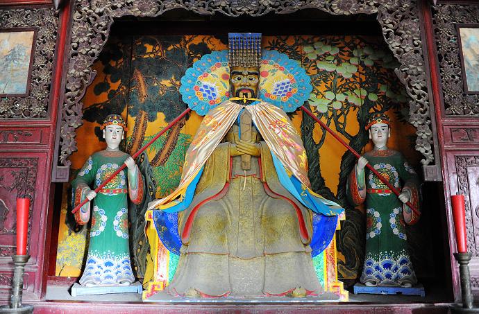 《西游记》中提到的龙王,即东海龙王敖广,南海龙王敖钦,北海龙王敖顺